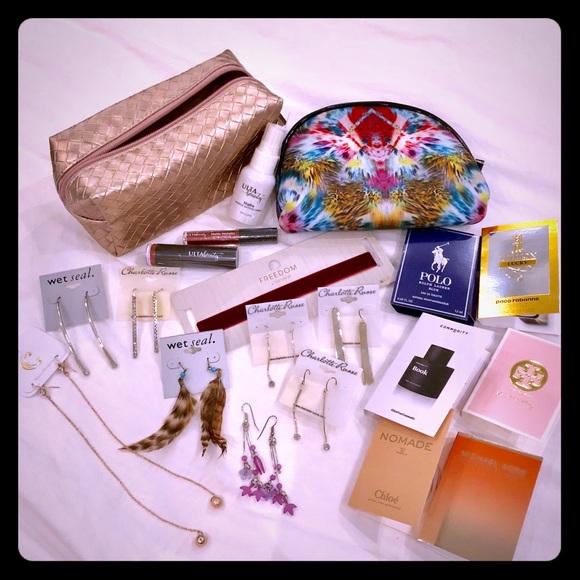 9df769751e94   NWT   w  perfume   bags